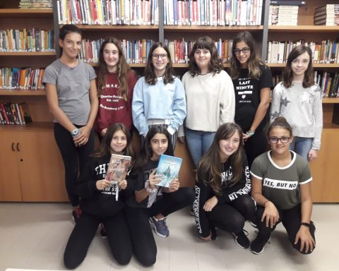 Aquestes són les participants del club de lectura de la biblioteca Martí Rosselló